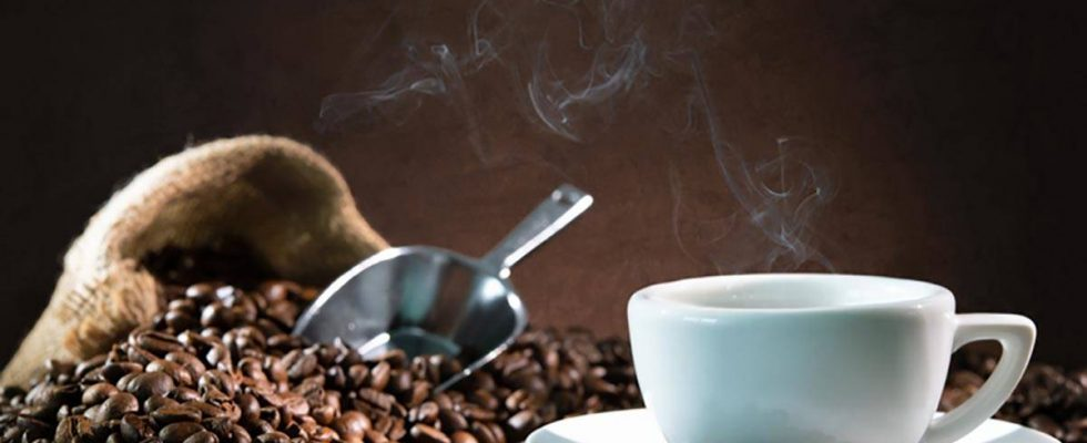 Coffee can range from $4 to $16 per pound, and you usually don't get to sample it before you ...